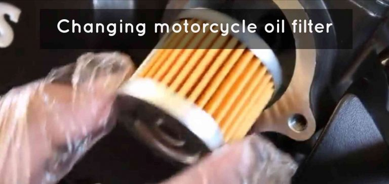 Changing Motorcycle Oi filter in TVS