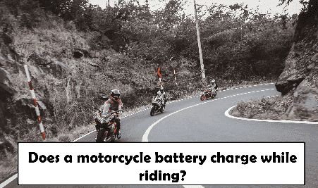 does a motorcycle battery charge while riding